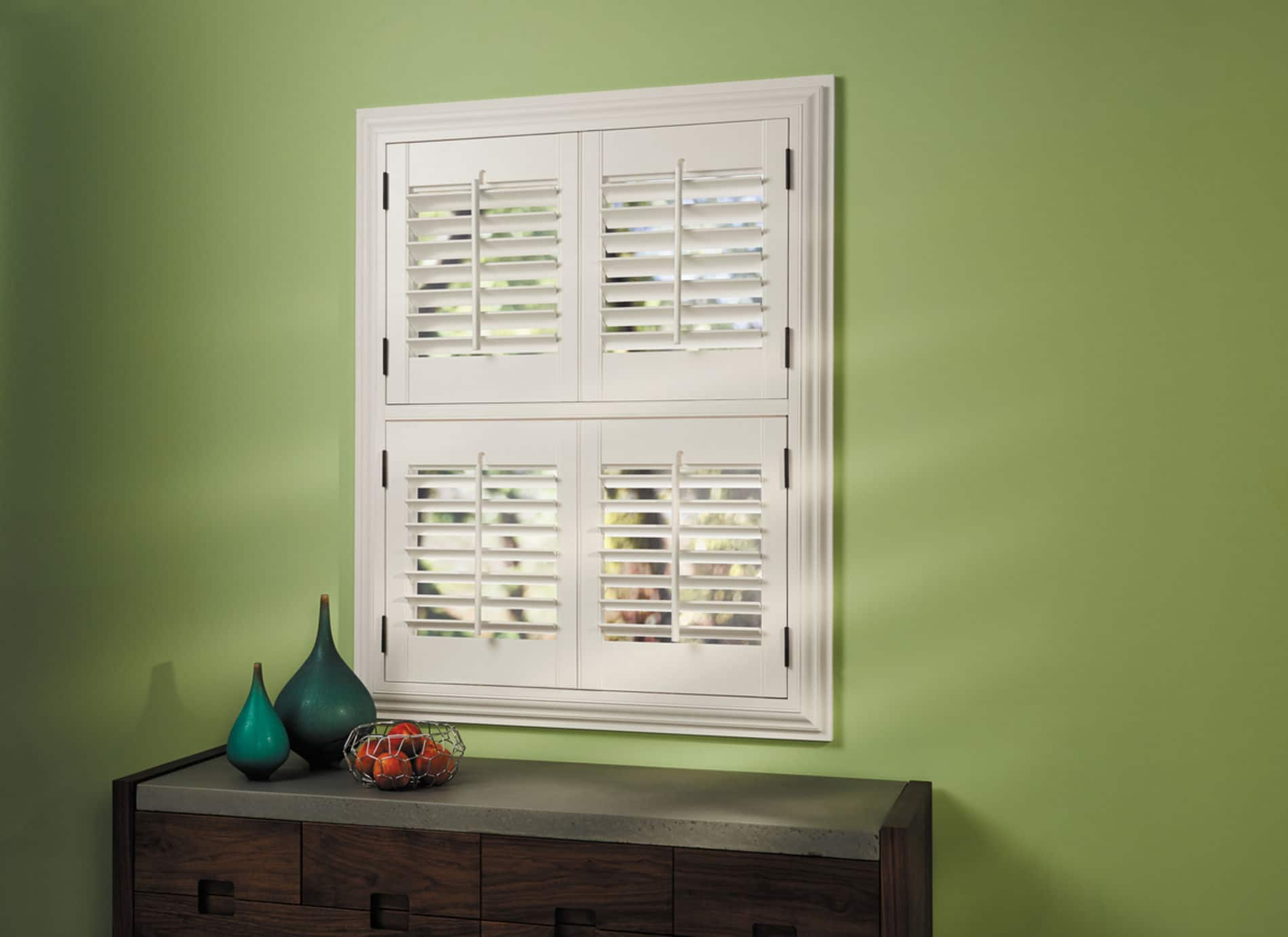 HunterDouglas by Shiretown Home Improvement Heritance Hardwood Shutters, Fabric/Material: Hardwood
