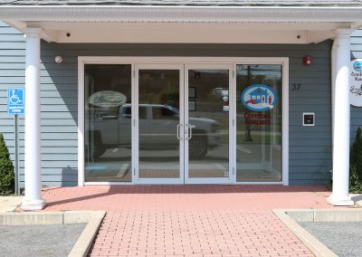 shiretown-installs-new-door-entrance-at-the-comfort-keepers-in-plymouth-ma